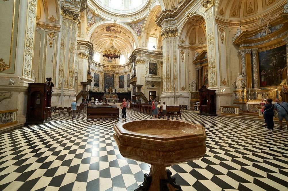 Bergamo lombardia zhan zt rk makaleleri for Galleria carrara bergamo