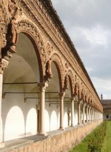 Certosa di Pavia court and columns