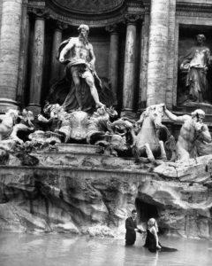 Marcello Mastroianni, Anita Ekberg in Fontana di Trevi for Fellini's'La Dolce Vita'movie