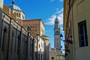 Parma Katedral Piazza Del Duomo Campanile